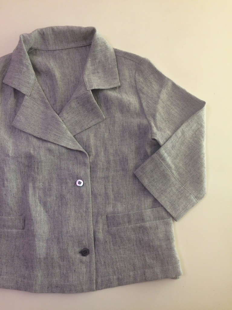 写真:お洗濯後のジャケット。ほとんどしわが目立たない